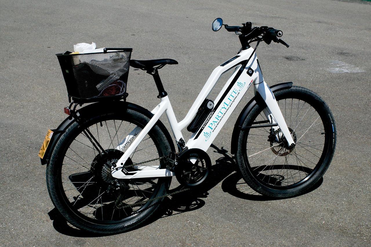Jak ładować rower elektryczny